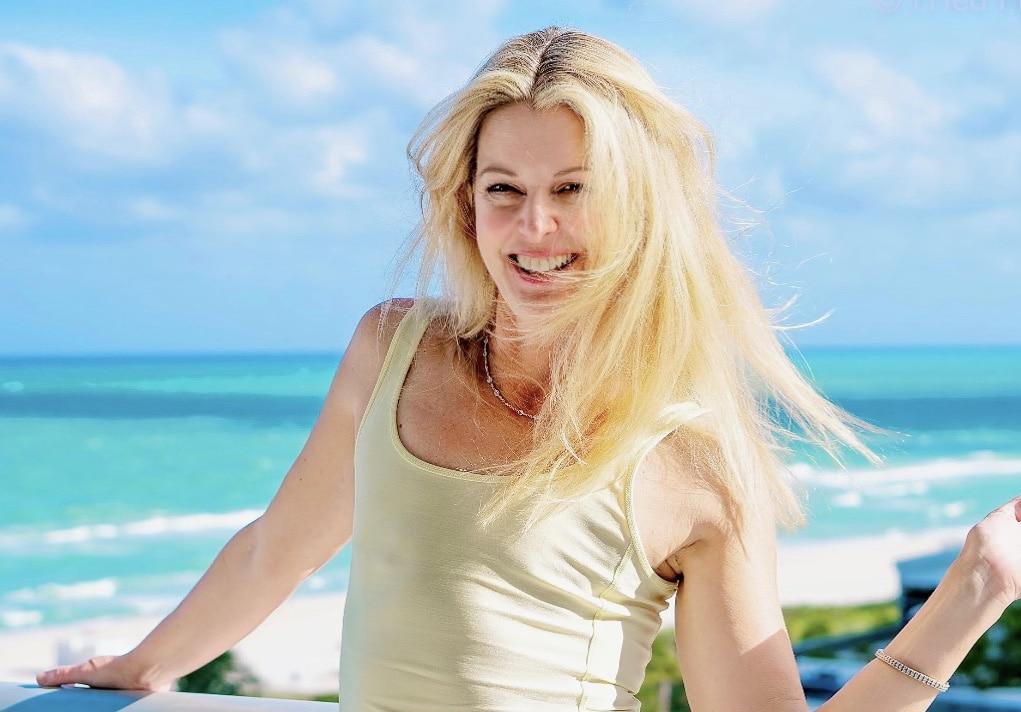 Christine Handy